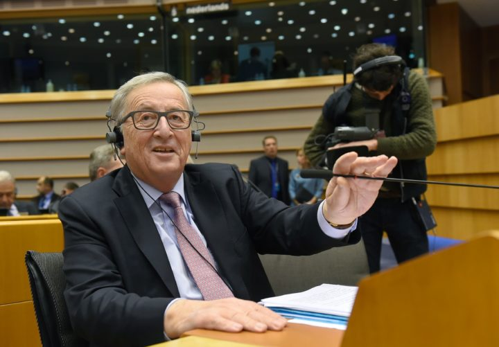 "2017-03-01 17:01:53 EU Commission President Jean-Claude Juncker gestures during the presentation of the ''White paper on the future of Europe'' at the EU headquarters in Brussels on March 1, 2017. Juncker revealed his plans to save the EU, warning the troubled bloc must now write a ""new chapter"" after Britain's expected exit in 2019. The former Luxembourg premier laid out five ""pathways to unity"" for European Union leaders to consider at a special summit in Rome on March 25 to mark the 60th anniversary of the bloc's founding treaty. / AFP PHOTO / JOHN THYS"