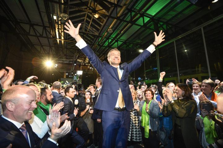 2017-03-15 23:01:36 DEN HAAG - Lijsttrekker Sybrand van Haersma Buma tijdens de verkiezingsavond van het CDA in De Remise na de Tweede Kamerverkiezingen. ANP LEX VAN LIESHOUT