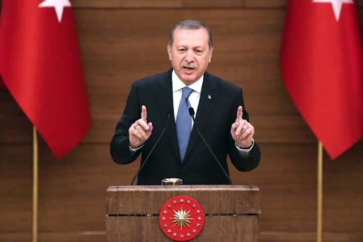 2016-04-19 13:37:32 Turkey's President Recep Tayyip Erdogan delivers a speech during the mukhtars meeting at the Presidential Complex in Ankara on April 19, 2016. The European Union needs Turkey more than Ankara needs the bloc, President Recep Tayyip Erdogan said on April 19, denouncing a new European Parliament report that was sharply critical of the rule of law in his country. His comments come amid controversy in Europe over a deal between Brussels and Turkey to stop the flow of migrants from wartorn Syria and other troubled countries to EU territory. / AFP PHOTO / ADEM ALTAN / ALTERNATIVE CROP