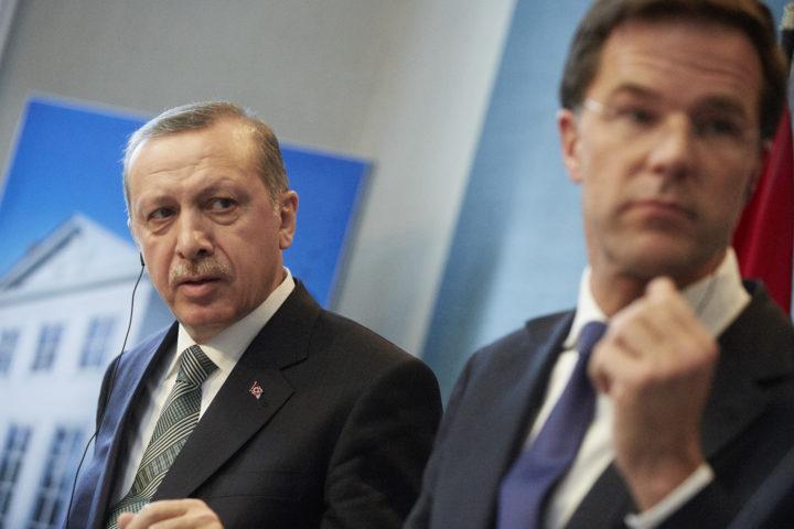 Eerder beeld van Erdogan en Rutte tijdens een persconferentie in Den Haag - Foto: ANP
