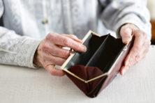 Rente schenking blijven betalen in verpleeghuis?