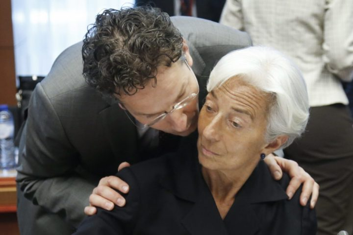 2015-06-27 14:44:25 epa04821206 Dutch Finance Minister, President of Eurogroup Jeroen Dijsselbloem (L) chats with International Monetary Fund managing director Christine Lagarde (R), at the start of a special Eurogroup Finance ministers meeting on Greece crisis, at the EU council headquarters in Brussels, Belgium, 27 June 2015. Greece's parliament started debating the government's planned referendum on the creditors' latest bailout proposal at an emergency session on 27 June. Greek voters will decide in a referendum whether their government should accept an economic reform package put forth by Greece's creditors, Greek Prime Minister Alexis Tsipras announces. EPA/OLIVIER HOSLET