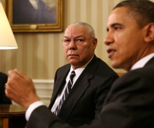 2010-12-01 16:35:02 epa02475904 US President Barack Obama (R) meets with former US Chairman of the Joint Chiefs of Staff, General Colin Powell (L), in the Oval Office of the White House in Washington DC, USA, 01 December 2010. Obama met with Powell to discuss issues ranging from importance of ratifying the New Start Treaty to education and efforts to reduce the high school drop-out rate. EPA/Martin H. Simon / POOL