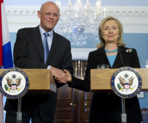 2011-04-21 19:48:00 US Secretary of State Hillary Clinton shakes hands with Dutch Foreign Minister Uri Rosenthal of the Netherlands during a press conference following meetings at the State Department in Washington, DC, April 21, 2011. AFP PHOTO / Saul LOEB
