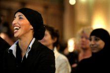 Fatima Elatik (PvdA) achter hoofddoekplan politie