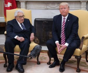 2017-05-10 10:27:09 US President Donald Trump (R) speaks with former US Secretary of State Henry Kissinger during a meeting in the Oval Office of the White House in Washington, DC, May 10, 2017. / AFP PHOTO / JIM WATSON