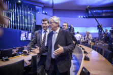 In de nevelen van Junckers rook: de macht van Selmayr