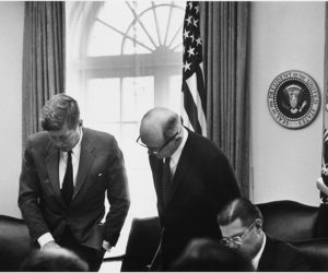 meeting_of_the_executive_committee_of_the_national_security_council-_cuba_crisis-_president_kennedy_secretary_of-_-_nara_-_194246