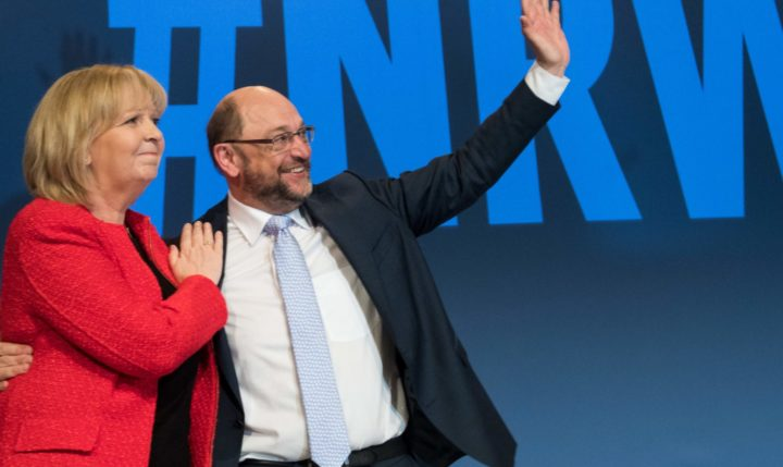 2017-04-02 00:00:00 Martin Schulz, chairman of the social democratic SPD party and candidate for Chancellor,  poses on the stage with Hannelore Kraft, State Premier of North-Rhine Westphalia, where the social democrats turned up the heat in the final election phase for state polls on April 2, 2017 in Essen, western Germany. Regional elections are taking place in North-Rhine Westphalia on May 14, 2017 -- before the national general election is held on September 24, 2017. / AFP PHOTO / dpa / Bernd Thissen / Germany OUT