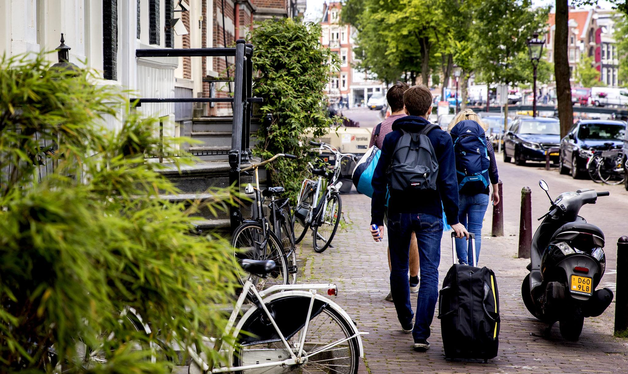 Hoe Werkt Airbnb : Airbnb verzet zich tegen plan amsterdam meldplicht werkt