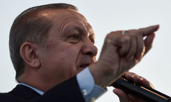 "2017-05-04 19:21:18 Turkish President Recep Tayyip Erdogan delivers a speech during Istanbul Youth Festival in Istanbul on May 4, 2017. Turkish President Recep Tayyip Erdogan said a Moscow-backed plan to set up so-called de-escalation zones inside Syria would ""50 percent"" solve the six-year conflict, in comments published Thursday. / AFP PHOTO / OZAN KOSE"