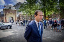 PvdA toegejuicht door rechts, verlaten door kiezers