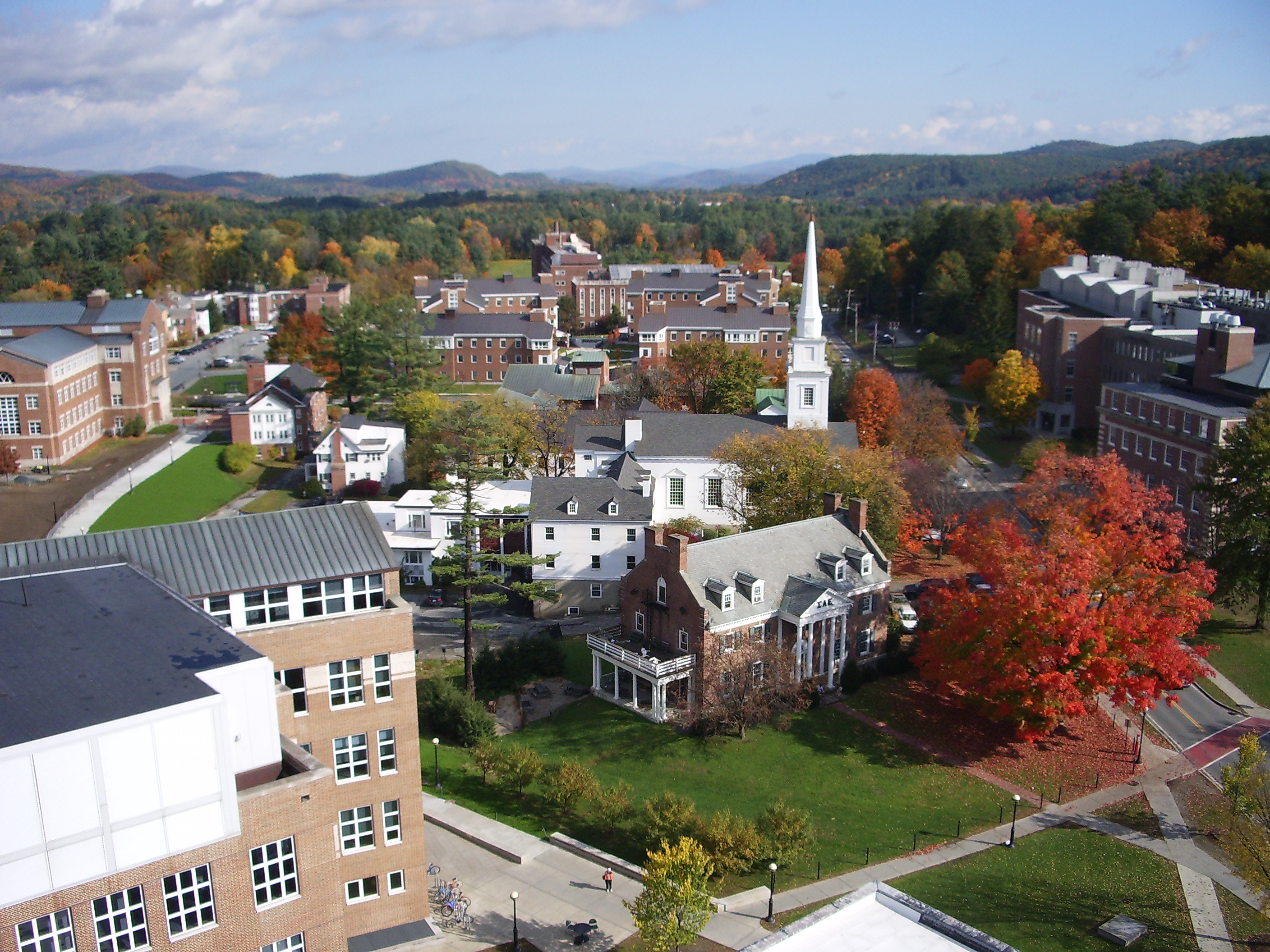 dartmouth_college_campus_2007-10-20_10