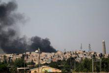 'IS erkent nederlaag met opblazen historische moskee'