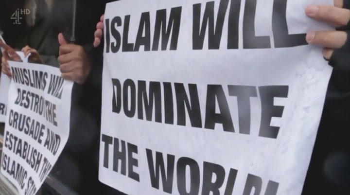 In de documentaire Jihadist Next Door worden extremisten undercover gevolgd - Foto: Screenshot Channel 4