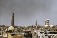 IS blaast eeuwenoude moskee op in centrum Mosul