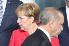 Woedend Berlijn wil EU-geldkraan Turkije dichtdraaien