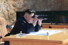 Kim Jong-un zet Donald Trump voor het blok