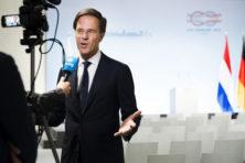 Rutte: 'Brits paspoort aanvragen? Nederlands paspoort inleveren'