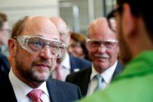 Schulz maakt gehakt van Merkels 'wir schaffen das'