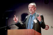 Cliteur maakt geesten rijp voor inperking democratische rechten
