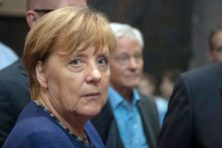 Merkel rekent af met 'onbetrouwbare' Schulz