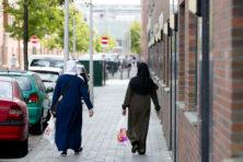 Salafistische jongerenwerkers 'nemen het over' in Den Haag