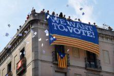 De Catalaanse vlaag van verstandsverbijstering