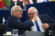 Timmermans en Juncker verdeeld over Albanië en Macedonië