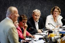 Niemand durft burgemeester Van der Laan aan te pakken