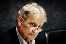 Van der Laan stopt: einde ongemakkelijke vertoning