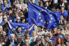 EU wordt met dreigementen bijeengehouden