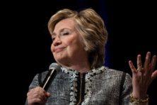 Clinton: 'Ik blijf Trump volgen en bekritiseren'