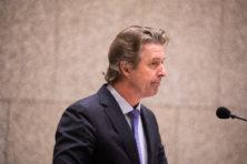 Kamer stopt marathondebat na 'theater' van PVV'er