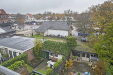 Bergen: dorpsrel rond het Plein