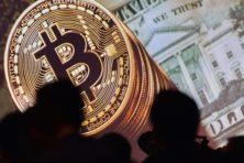 Geld verdienen aan koersdaling van bitcoin