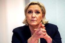 Le Pen beschuldigt banken van 'fatwa' tegen haar partij