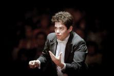 Lahav Shani: 'Een orkest moet voelen als één wezen'