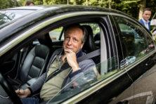 Corruptiewaakhond tikt Nederland op vingers om appartement Pechtold