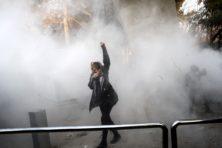 Weg naar vrijheid in Iran is een lange lijdensweg