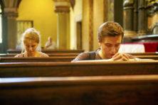 Veel bidden zorgt voor minder afleiding