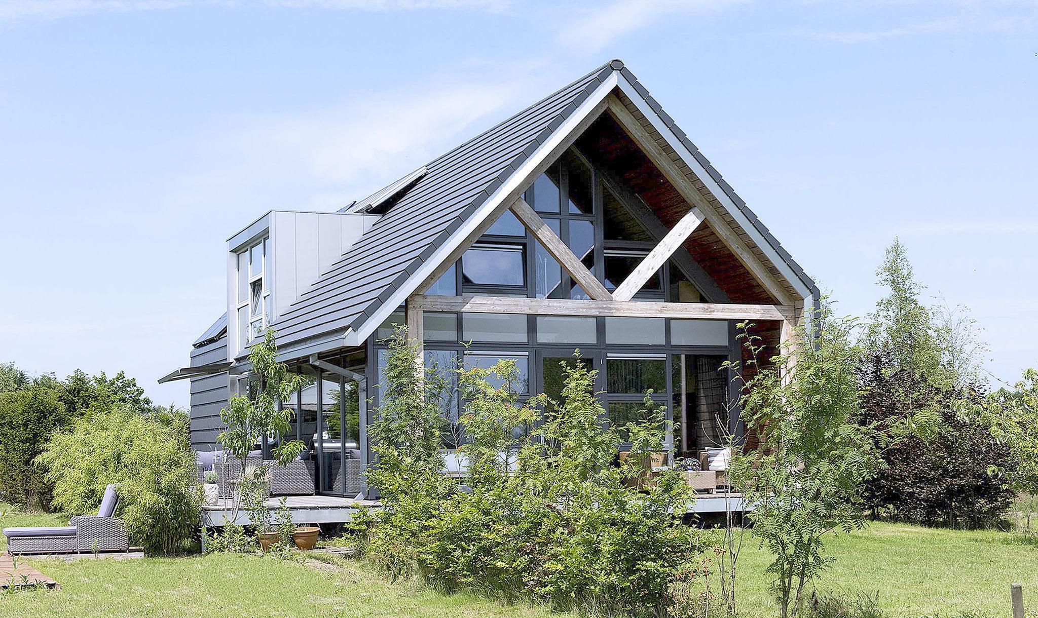 Te koop vrijstaand huis tussen de weilanden elsevier for Vrijstaand huis achterhoek