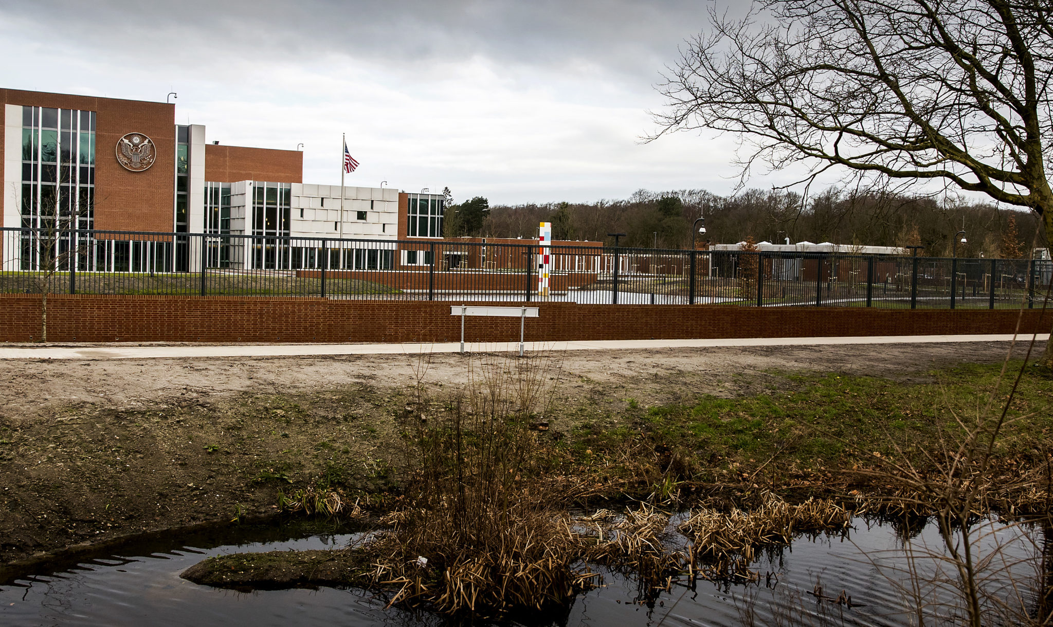 Amerikaanse ambassade verhuisd naar wassenaar