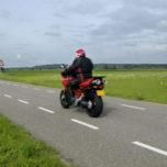 50-plussers (her)ontdekken het plezier van motorfiets