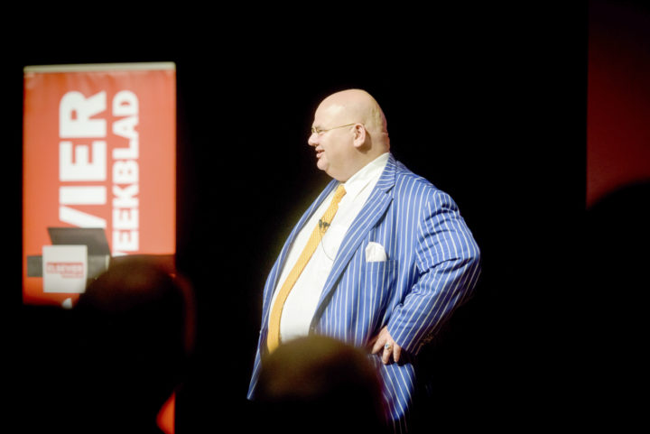 Hoogleraar successierecht Bernard Schols spreekt op het 'Erven & Schenken in één dag'-evenement. Foto: Fotoburo Eindhoven