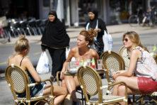 Asscher en CDA willen aanpak straatintimidatie naar landelijk niveau tillen