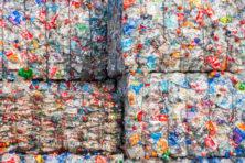 Wat te doen met 477.000.000 kilo plastic?