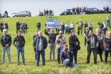 Vandalen knippen hek open: herten op snelweg afgeschoten