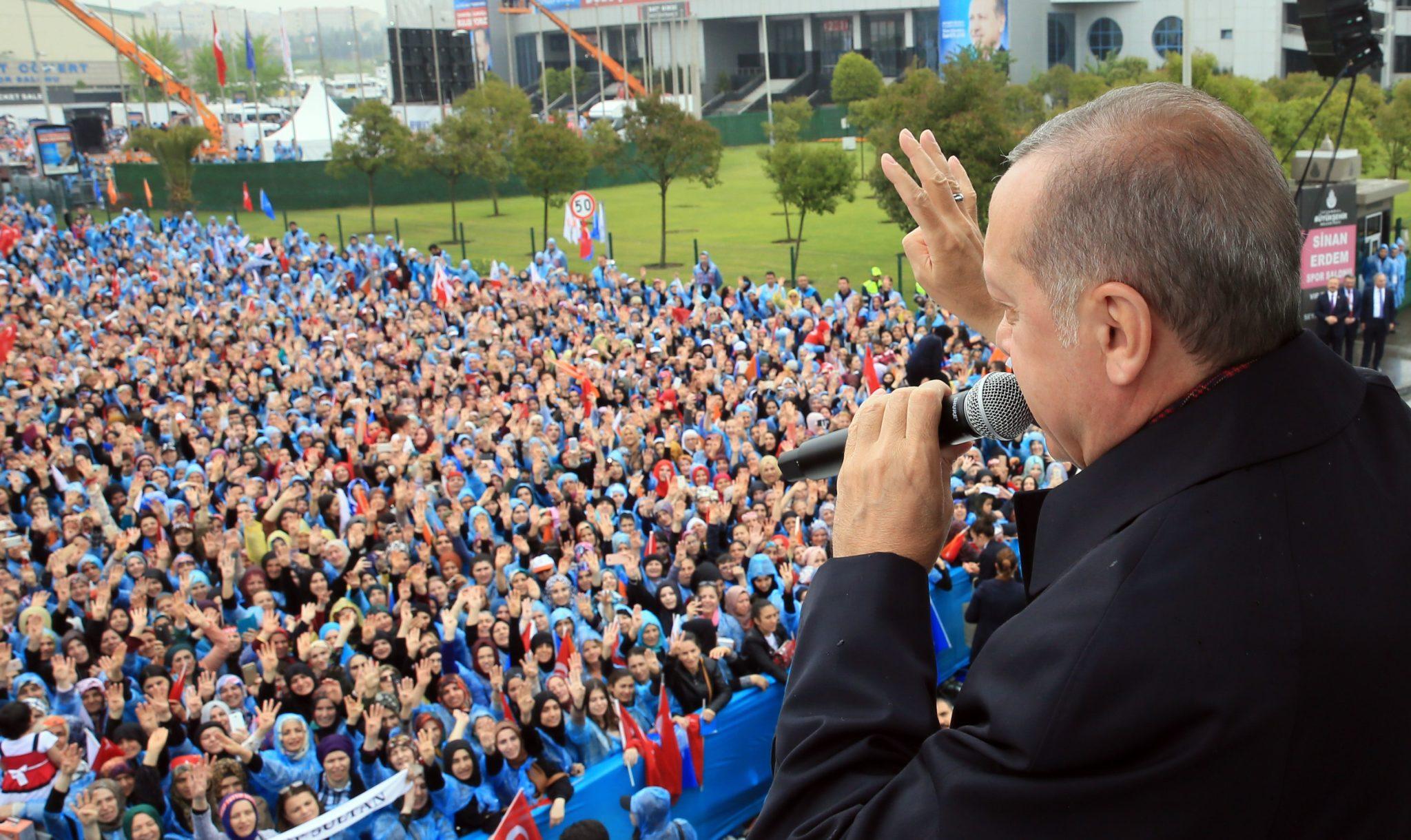 Premier Recep Tayyip Erdogan Debat In De Digitale Hofstad