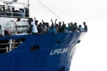 Verplicht Nederlandse vlag tot opname migranten?